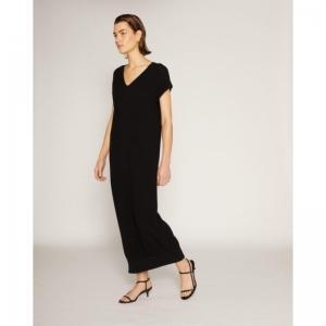 Pique robe noir